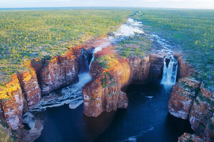 aust-country-info-kimberleys-waterfalls