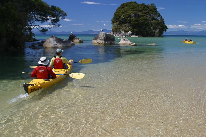 nz-country-info-abel-tasman-kayaking